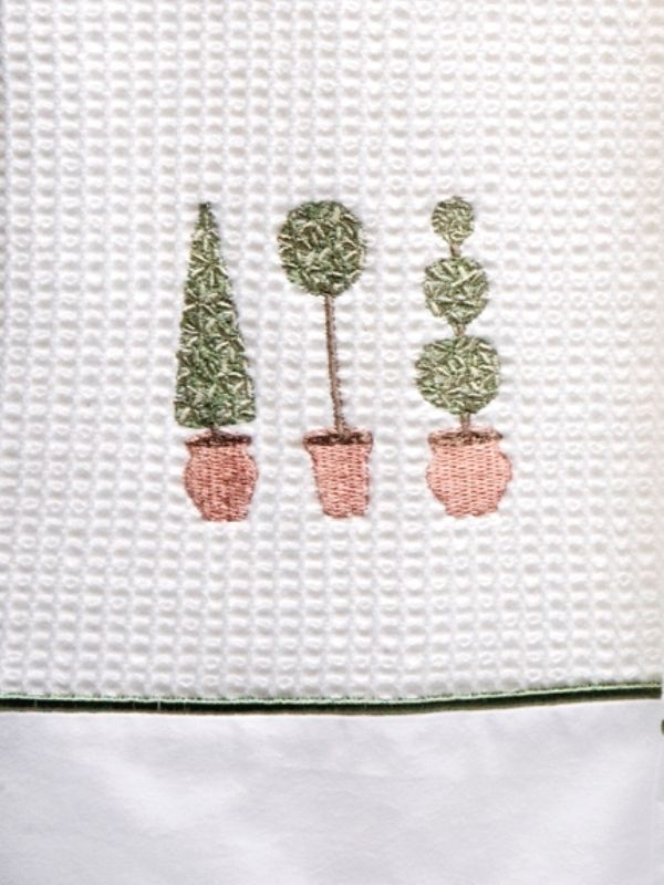 DG08-TTTO Guest Towel, Waffle and Satin Stitch - Three Topiary Trees (Olive)