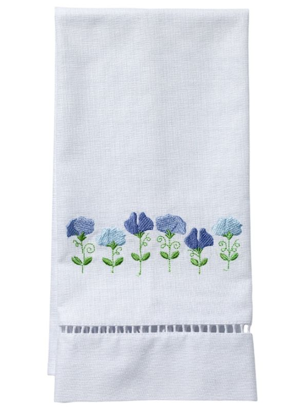 DG21-RSPBL Guest Towel, White Linen & Ladder Lace - Row of Sweet Peas (Blue)